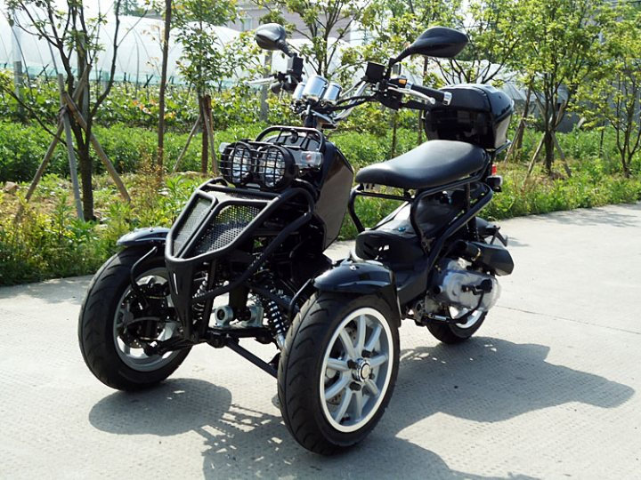gas scooters for adults with 40309 on 300cc Tiger Trike further Electric Trike further Scooter For Adults Vespa Style Gas 1566546363 in addition 40703610 additionally Pan Scoot Coupe.